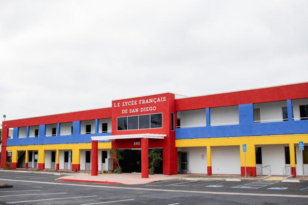 La Petite Ecole-33